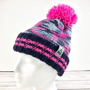Sno pink and grey pompom toque